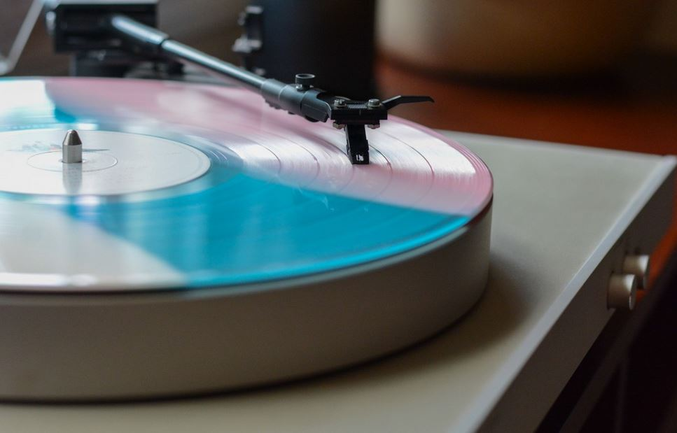turntable with built in preamp